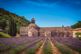 best towns to visit in Provence, France
